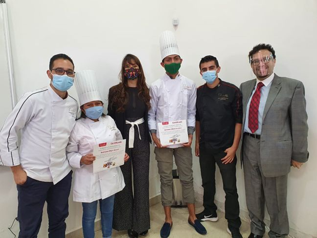 The future is what you bake of it! Graduation of our first batch in Mexico.